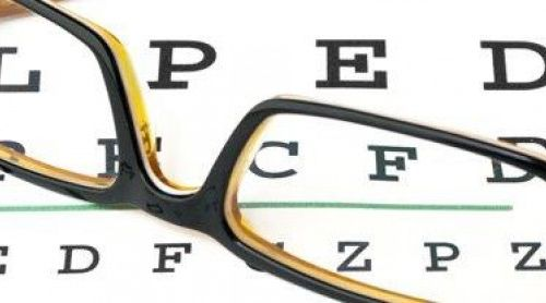 Trifocal intraocular lenses for presbyopes